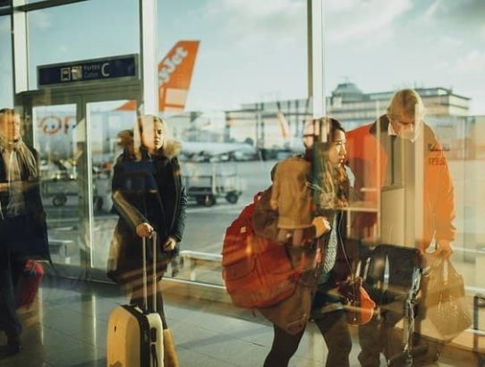 5 tips for catching a morning flight (1)